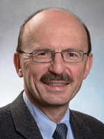 Dr. Jarolim